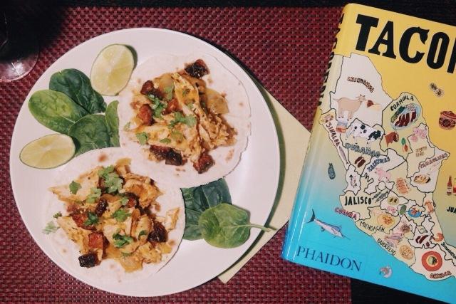tacos tinga de poulet