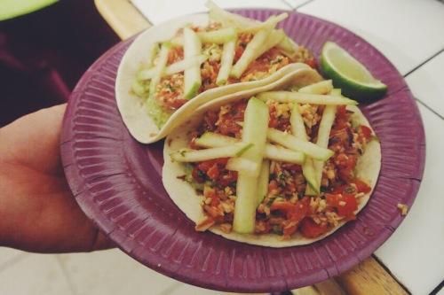 Disco & Tacos soirée à la maison tacos crabe