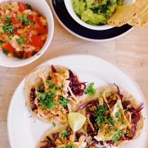 """Tacos """"Acapulco"""", pico de gallo, guacamole"""